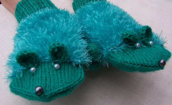 Cute Handknitted Mouse Mittens Emerald Green Mittens by evefashion,