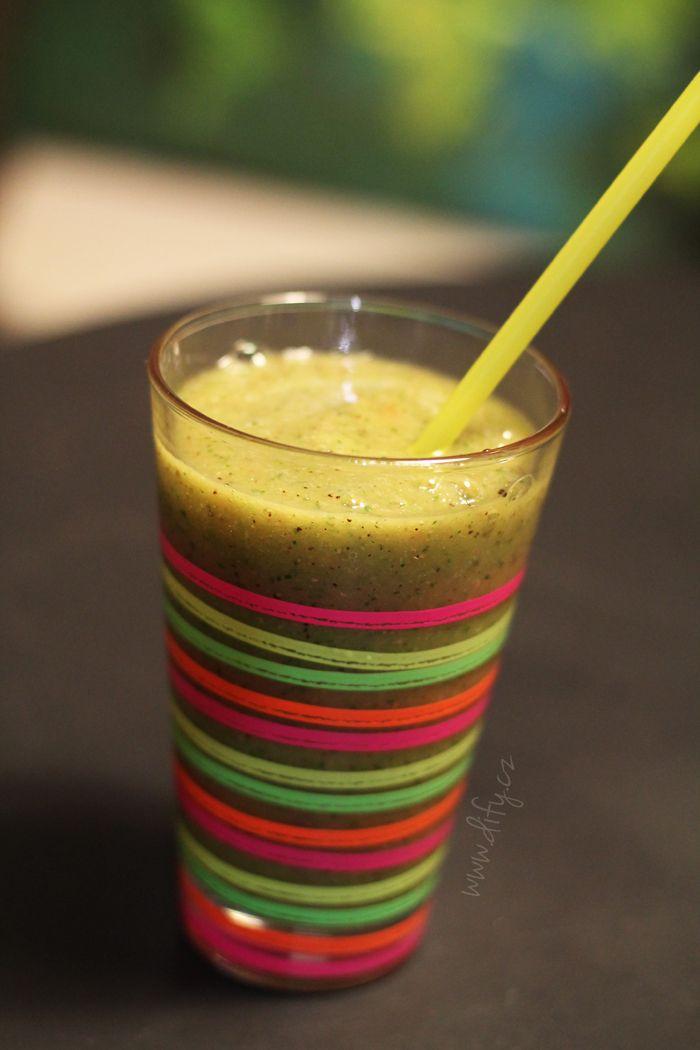 Grepovo okurkové smoothie s kiwi... aneb grepový pepíno!