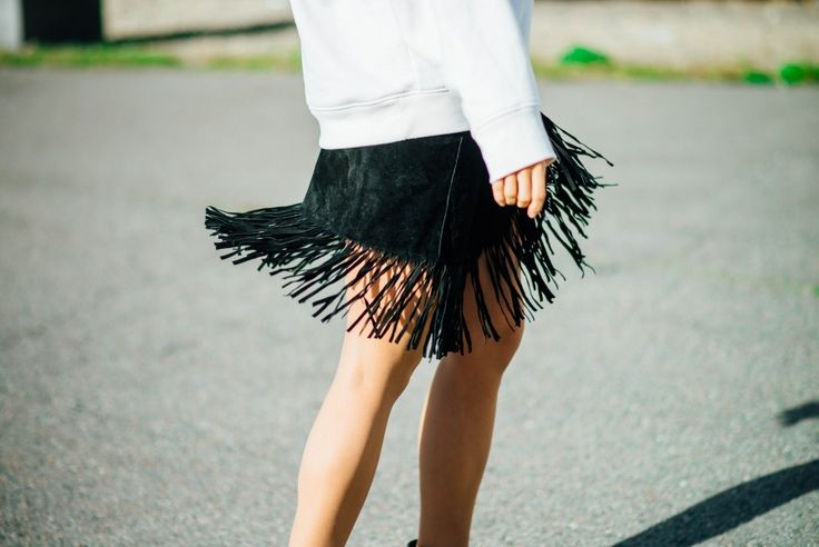 Fringe skirt. Tickle Your Fancy - Blogi | Lily.fi