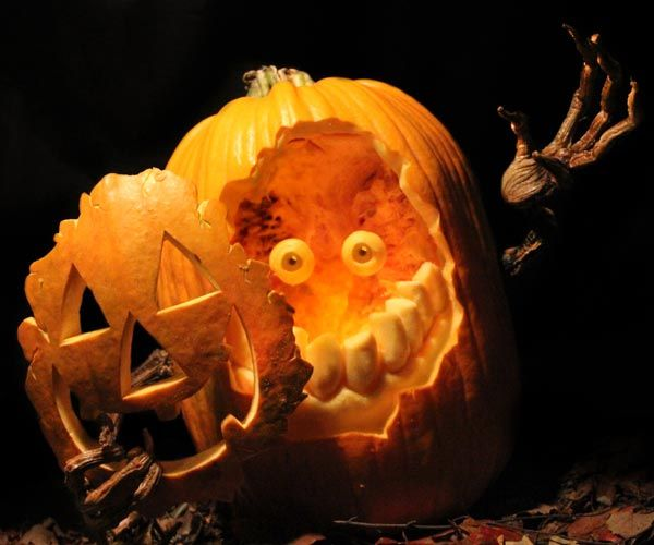 Mask, Michael Brown of MB Creative Studio, Springfield, MO, 2014 pumpkin carving contest winners