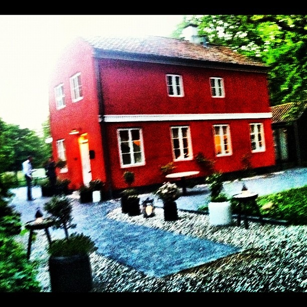 "eat at the ""Røde Cottage"", Klampenborg, Statigram – Instagram webviewer"