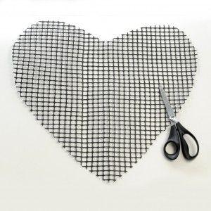 Alfombra corazón con cintas - Guía de MANUALIDADES