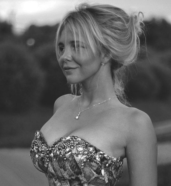 #KatherineTopa #Monroe #Girl