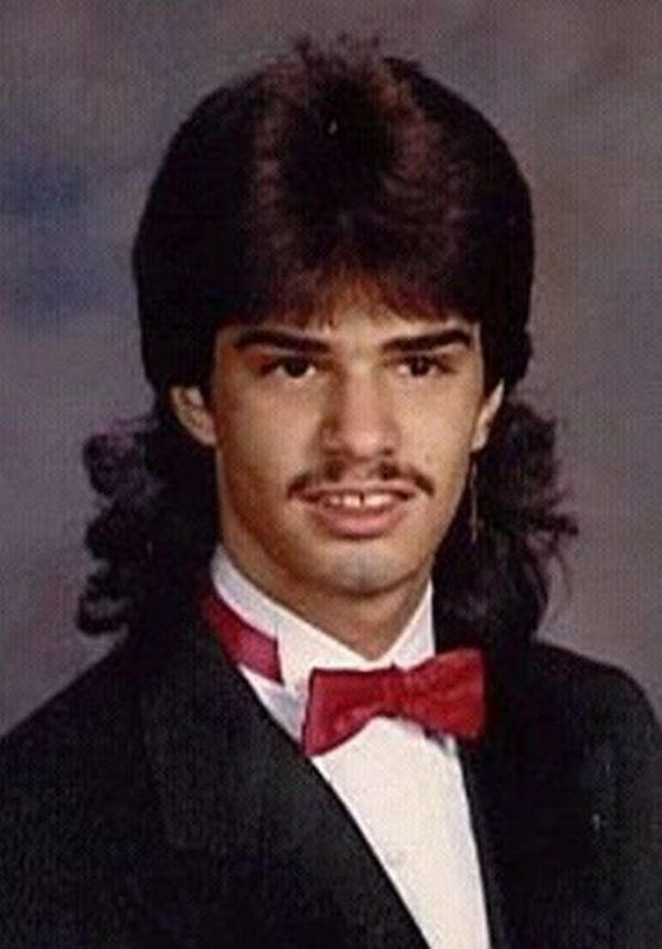 40 Funny Yearbook Photos from the 1980s and Early 1990s ...