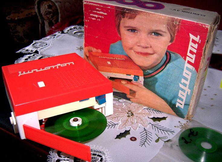 Juniorfon DDR-Spielsachen - http://www.die-waltons.de/spielsachen/seite10.html