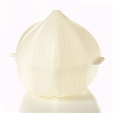 Garlic Store  These specially shaped storage boxes are ideal for keeping your unused onion and garlic fresh in the fridge.