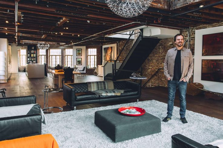 Rupert Hunt is looking for roommates to fill his Manhattan apartment for $1 a day