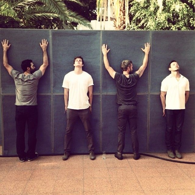 """the-geek-cornucopia: """" fpvs: """" @jrbourne1111: Air conditioning in the pyramid at alphacon was cherished. @tylerl_hoechlin @danielsharmanofficial @ianbohen [x] """" They look like a band that just got back together for a 10 year reunion. """""""