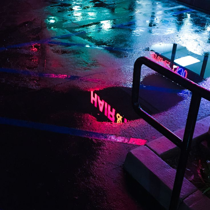 Pinterest Sunkissedmani ☀️ Nighttime Aesthetic Neon