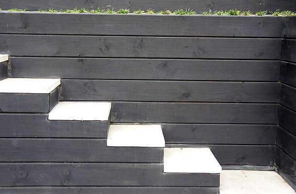 Black & white steps.  Garden designed by Rach Matthews, HEDGE Garden Design & Nursery