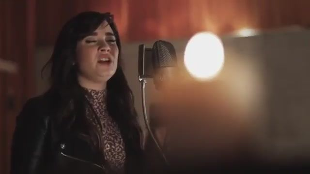 Demi Lovato Dedicates Song to Newtown Shooting Victims. . . #changeyourcaliber