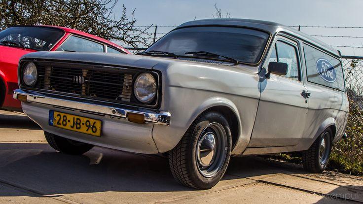 https://flic.kr/p/Fc3LYm   28-JB-96   1979   Ford Escort 1100 Van   Ford Taunus M Club Onderdelendag - Barneveld 12 Maart 2016