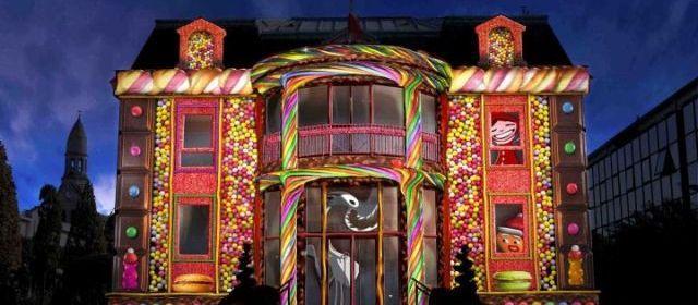 Enghien.Les étonnantes projections sur la mairie (notre photo) et sur l'église sont de retour dès demain.