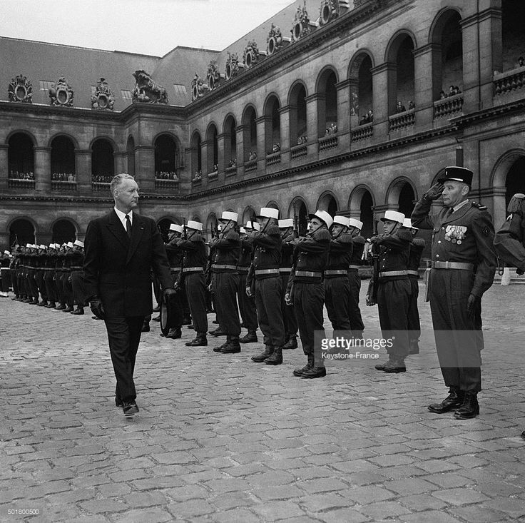 Ministry of Defence Pierre Messmer at the Hôtel des Invalides attends the…