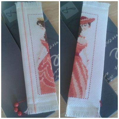 """Zakładka Czerwona dama, haft krzyżykowy. """"Red lady"""" bookmark, cross stitch."""