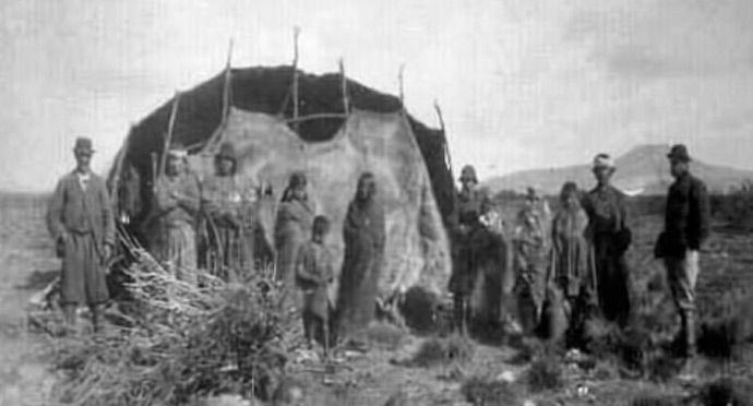 Los Pueblos Originarios Prehispánicos Niveles De Desarrollo Cultural Los Pueblos Originarios En La Actualidad Atacameños Pueblo Indígena Mapuches