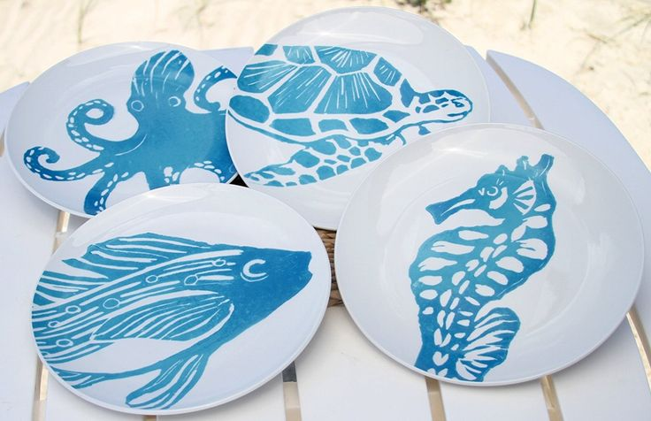 4 Ceramic Sealife 10 Inch Plates, Octopus, Sea Turtle, Seahorse and Tropical Fish