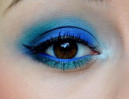 Turquoise Bird by olennka177