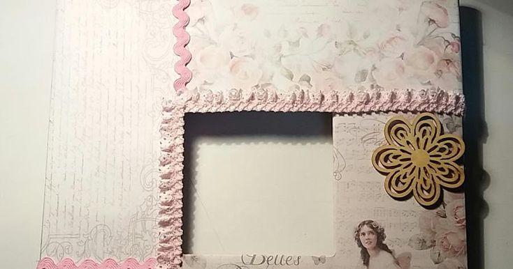Una bonita decoración para el marco de un espejo