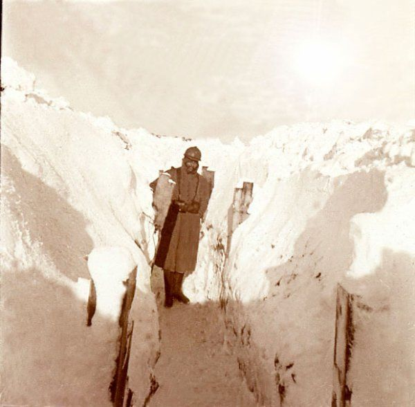 PHOTO: ARTOIS 1914 1918 tranchée en hiver en ARTOIS