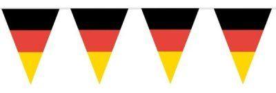 """Neue Fanartikel zur WM2014, wie """"HAAC Fahnen Girlande Wimpel Kette in Deutschlandsfarben Deutschland Fußball 10 Meter Fußball 2014"""" hier erhältlich: http://fussball-fanartikel.einfach-kaufen.net/flaggen-wimpel/haac-fahnen-girlande-wimpel-kette-in-deutschlandsfarben-deutschland-fussball-10-meter-fussball-2014/"""