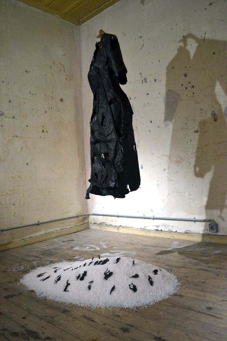 """""""Homeland"""" Sculptural Installation for """"Tomorrow is another day. Tomorrow is not another today"""" @ Metamatic Taf, Athens"""