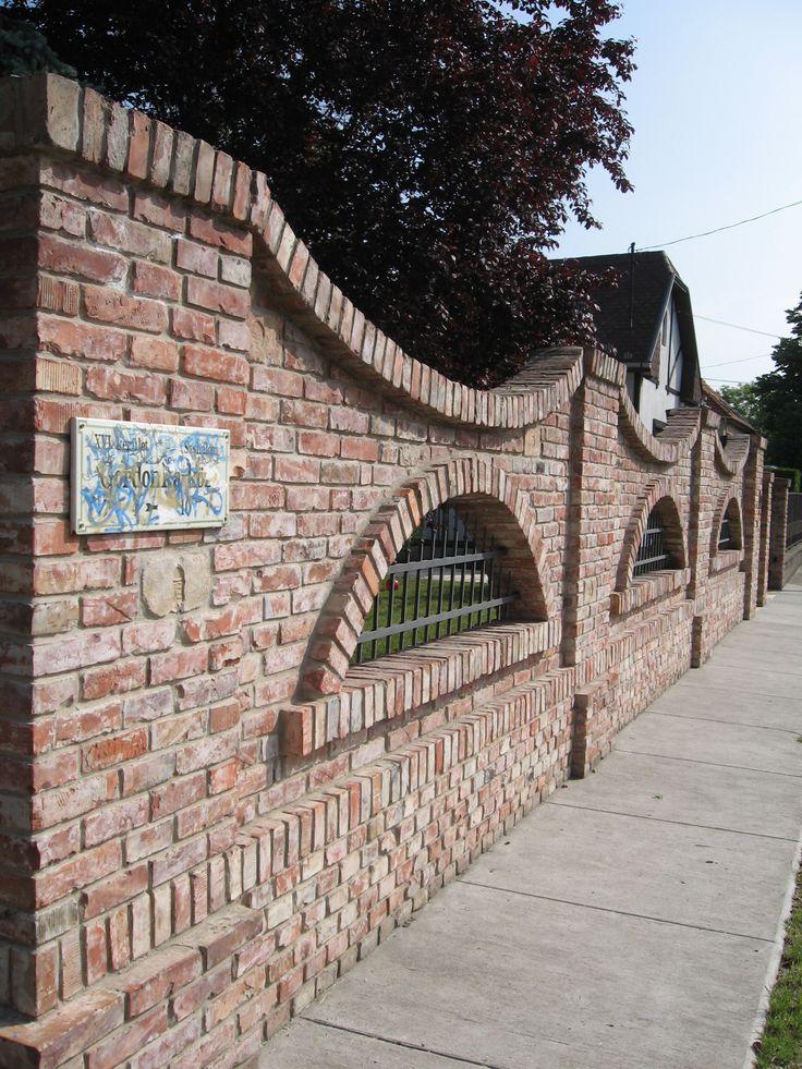 Bontott T 233 Gla Ker 237 T 233 S In 2019 Brick Wall Brick Fence