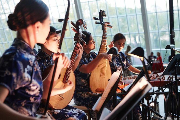 asian mandolins at the Met Gala 2015
