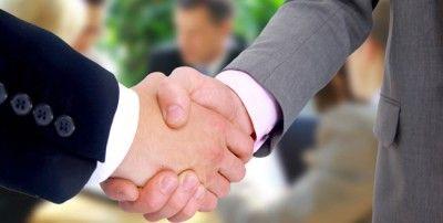 #Конфиденциальность# в #Гибралтаре# чрезвычайно серьезная. #Минимальное# #требование# для #оффшорной# компании# Гибралтара является — один акционер  и один директор, который может быть одно и то же лицо. #Годовое# общее #собрание#акционеров# должно быть проведено один раз в год. Эта встреча может состояться в любой точке мира. Компании-нерезиденты свободны от #налога#на#доходы#, которые получены за пределами #Гибралтара и не переведены в Гибралтар.