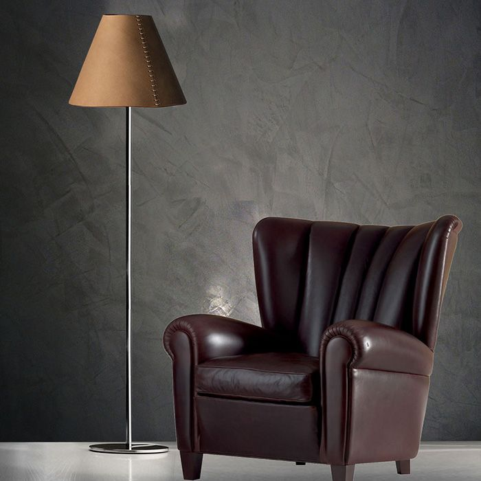 Lampshade created with genuine italian leather, hand-sewn structure, and an ultra-modern polished stainless steel rod that characterizes a timeless design.  - See more at: http://www.rivieraluxe.it/en/_35#sthash.u2xmWZHP.dpuf