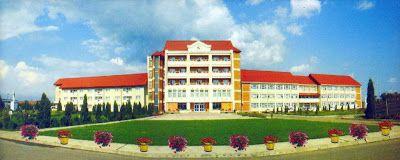"Liceul Teologic Romano-Catolic ""Sfântul Francisc de Assisi"" Roman: Istoricul seminarului franciscan"