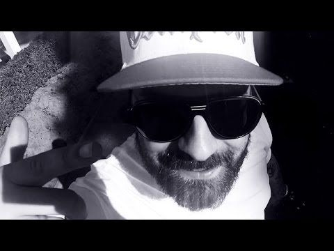 Sido - 30-11-80 (Official Video) - YouTube