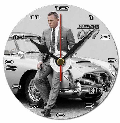 James Bond 007 gift dvd clock with free display stand , http://www.amazon.co.uk/dp/B00G0TQ8MY/ref=cm_sw_r_pi_dp_eESysb0W1T2NV