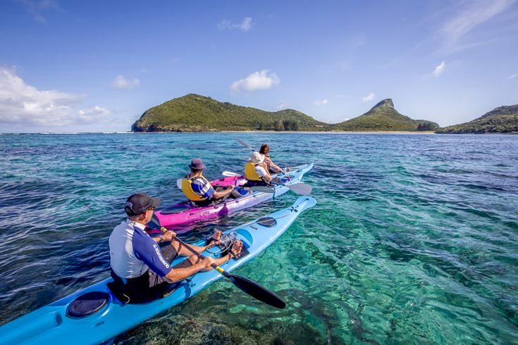 Guided kayak trip along the outer reef | Lord Howe Island