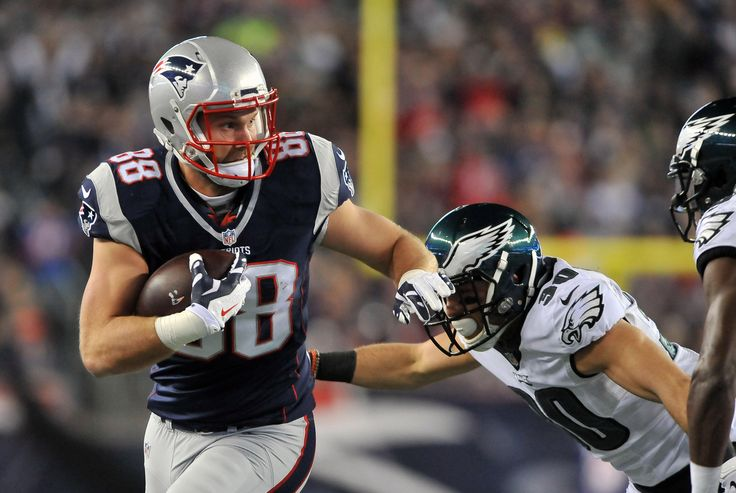 Nordstrom's Best and Brightest presented by CarMax: Patriots - Eagles 12/6 | New England Patriots