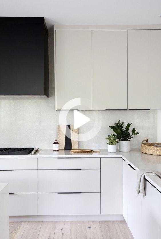 Cucina Moderna Bianca In 2020 Modern Kitchen Design Kitchen Interior Modern Kitchen