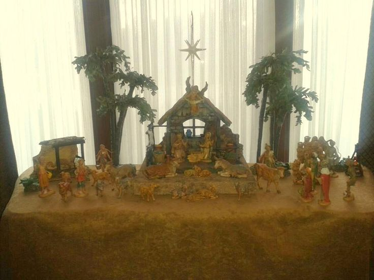 pictures of Fontanini nativity displays | Decor – Fontanini Nativity Display | The Enchanted Manor