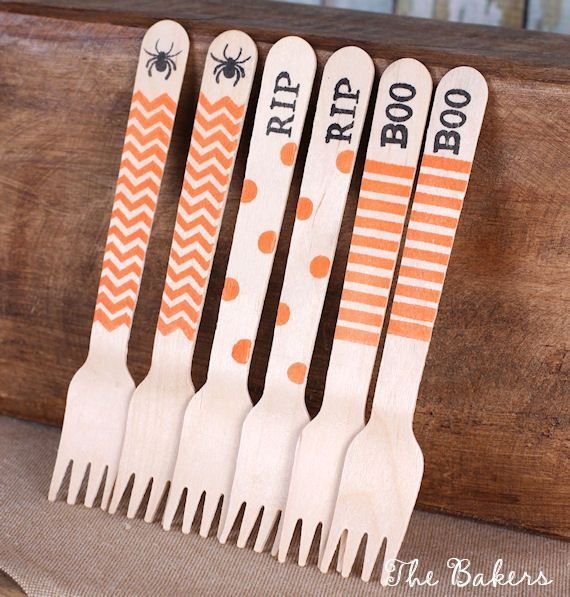 Eco-friendly Halloween small wooden dessert forks in 3 fun designs with chevrons, dots and stripe are perfect to use to decorate desserts in a jar or use for spooky Halloween treats!
