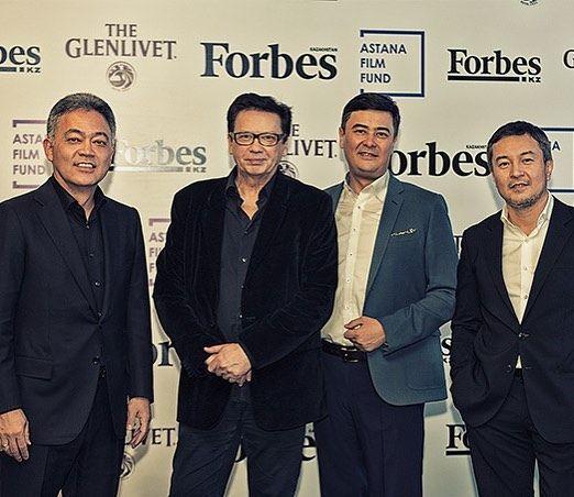 """В Forbes Club отметили 30-летие съемок культового фильма """"Игла"""" #forbeskazakhstan #forbeskz #forbeskaz #викторцой #цойжив #pernodricardkazakhstan"""