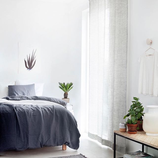 Serene setting. Finnish interior stylist and blogger @susanna_vento has used an understated curtain and rug from Kinnasand for this light-filled, calm space. Photo @weekdaycarnival