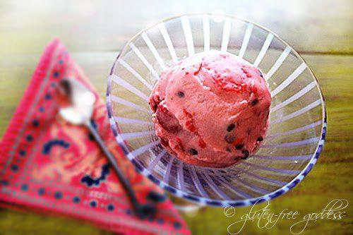 Dairy-free strawberry sherbet with dark chocolate chips: Chocolate ...