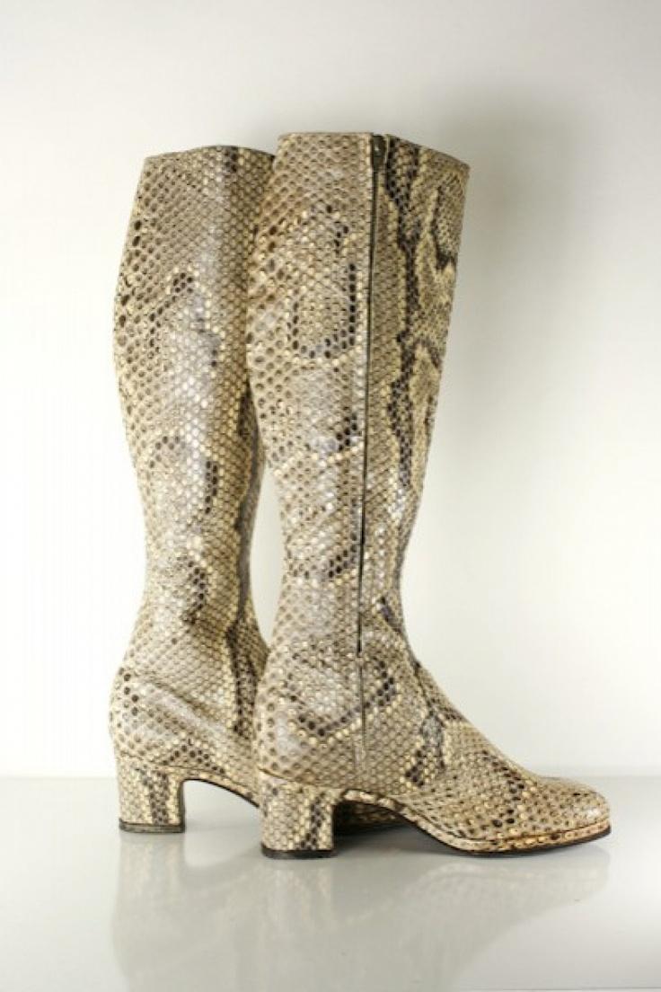 Chelsea Cobbler Womens Shoes