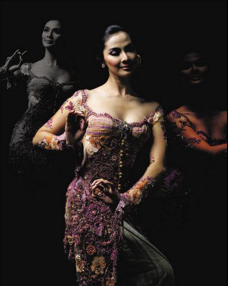 Malaysia Annie Gallery|Busana Wanita Indonesia: Kebaya Modifikasi Anne Avantie Pesona Ungu