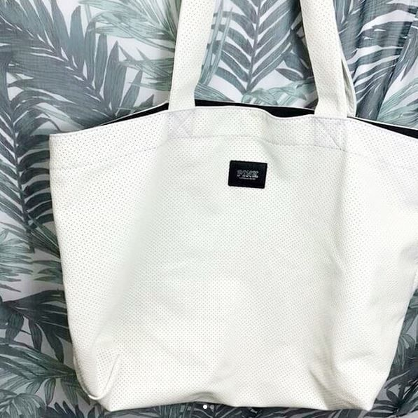 Looking for a new tote but don't wanna pay full price? Find brand name items for less here at Plato's Closet Cambridge! SWIPE FOR MORE! #gentlyused #platosclosetcambridge #victoriassecret #PINK #style We have new stock hitting the floor so don't miss oou! Victoria's Secret PINK Bag $15.00 | www.platosclosetcambridge.com