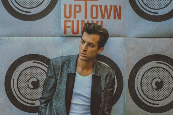 Mark Ronson discusses the big name collaborators on current feature album 'Uptown Special' and the amazing stories behind it.