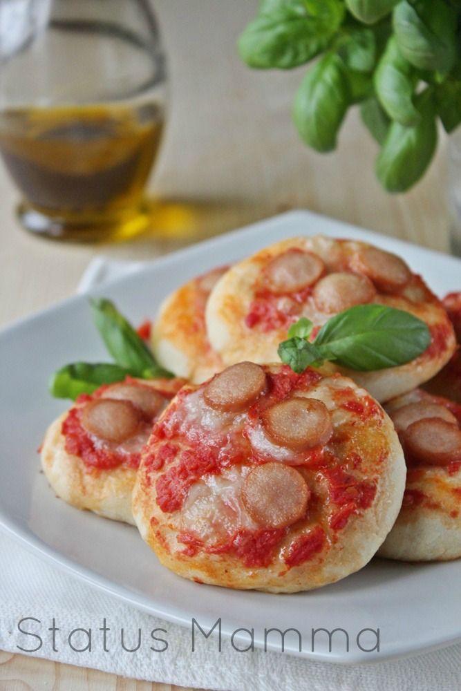 Pizzette da buffet ricetta passo passo foto blog blogGz Statusmamma Giallozafferano tutorial cucinare ricetta base pizza salato antipasto stuzzichino fingerfood