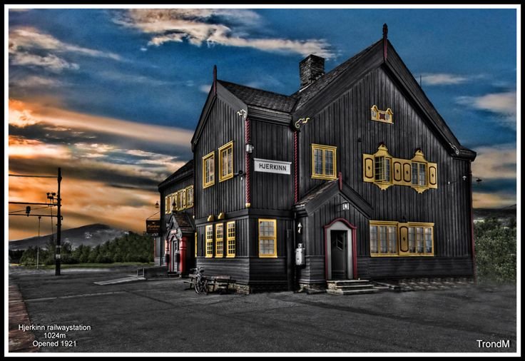 Hjerkinn railwaystation   Flickr - Photo Sharing!