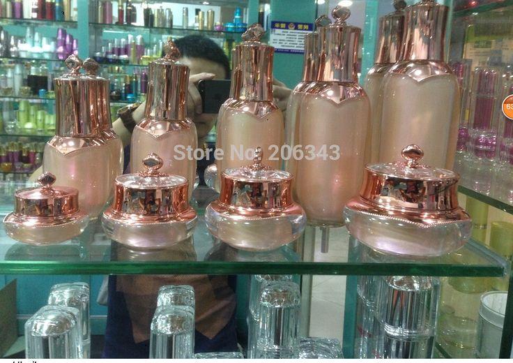 Günstige 50 ML rosa acryl kronenform pumpe lotion flasche, kosmetischer behälter, drücken pumpen flasche, Kosmetische flasche Kosmetische Verpackung, Kaufe Qualität Nachfüllbar Flaschen direkt vom China-Lieferanten: über das Produkt:dies ist ein sehr professionell aussehende kosmetik-verpackungen.diese Flasche verhin