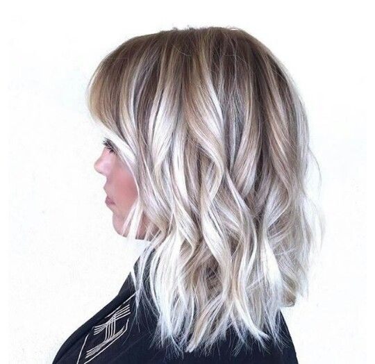 I love the mix of colors they have here. A nice dirty blonde with different tones that go into a platinum blonde  beautiful work.