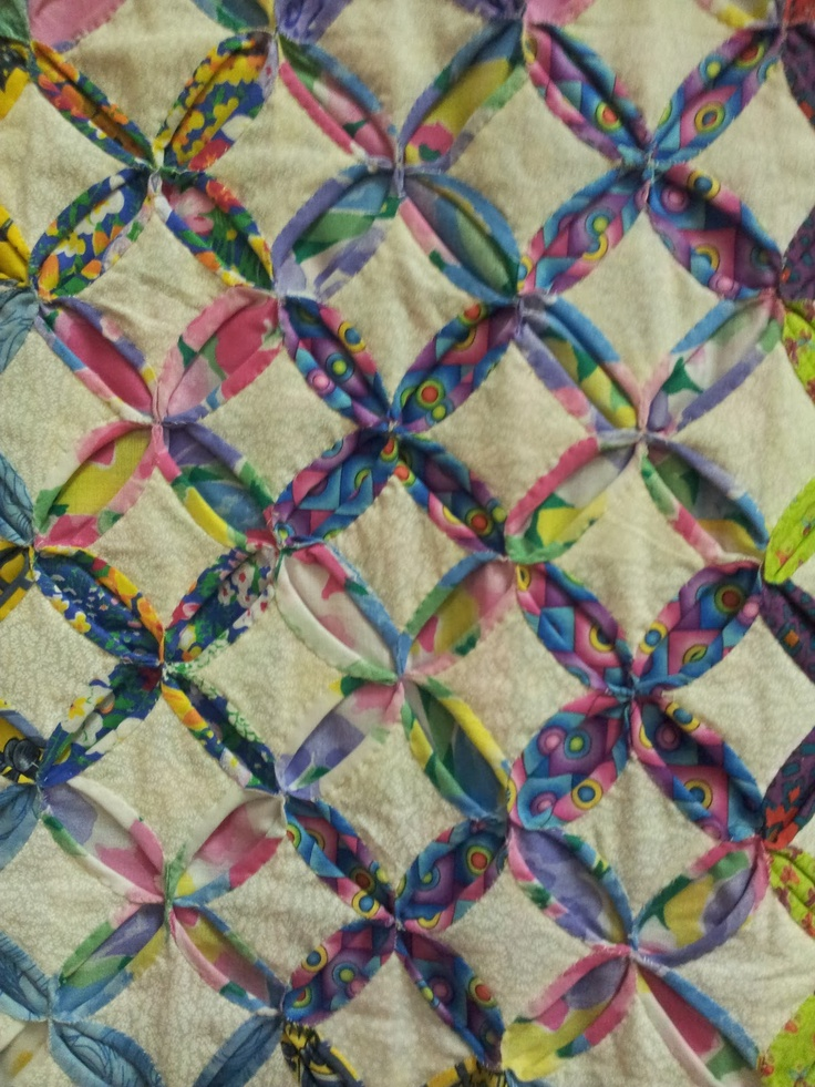 312 best Quilts - Cathedral Windows images on Pinterest ... : cathedral quilt block pattern - Adamdwight.com